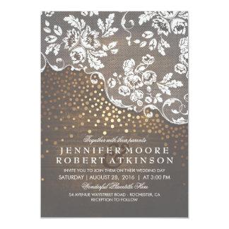 Cartão Casamento elegante rústico dos confetes da madeira