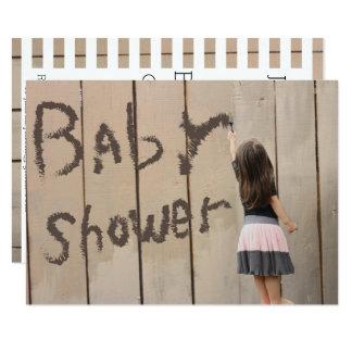 Cartão Cerca da pintura da menina do jardim de infância