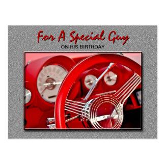 Cartão clássico do aniversário do carro cartão postal