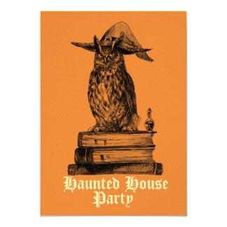 Cartão Coruja assombrada da bruxa da festa em casa