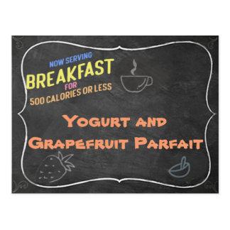 Cartão da receita do Parfait do Yogurt e da