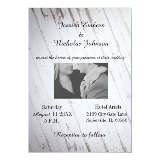 Cartão de casamento - o conselho de madeira