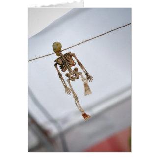 Cartão de nota de esqueleto de suspensão