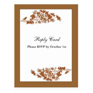 Cartão de resposta das folhas de outono cartão postal