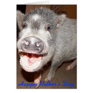 Cartão de sorriso do porco do dia das mães feliz