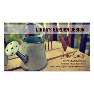 Cartão de visita de jardinagem da lata molhando