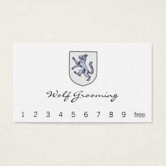 Cartão De Visitas Lobo cinzento desenfreado em um protetor branco