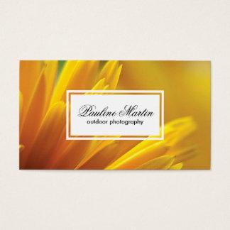 Cartão De Visitas O amarelo floresce a fotografia exterior de |