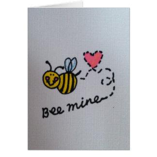 Cartão do dia dos namorados da mina da abelha