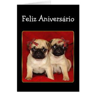 Cartão dos Pugs do aniversário de Feliz