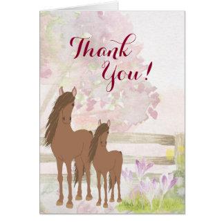 Cartão Égua bonito de Brown, potro, obrigado do cavalo