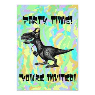 Cartão engraçado do convite de festas do