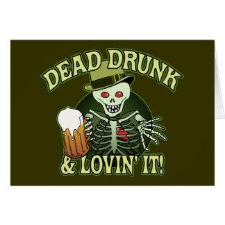 Cartão Esqueleto bêbedo inoperante