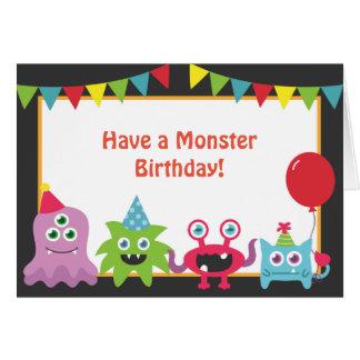 Cartão Feliz aniversario do monstro pequeno bonito
