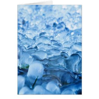 Cartão Gotas abstratas da água dos cristais de gelo do