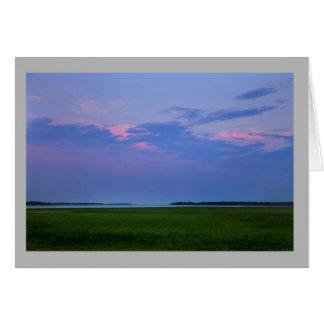 Cartão Lago verde dos campos do por do sol da paisagem 54