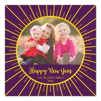 Cartão Magnético O feliz ano novo roxo vibrante de Starburst