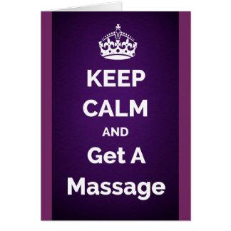Cartão Mantenha a calma e obtenha um roxo da massagem