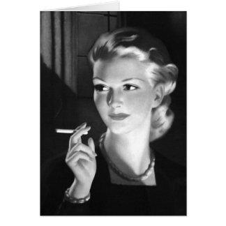 Cartão Menina de fumo do Pin-Acima do cigarro do vintage