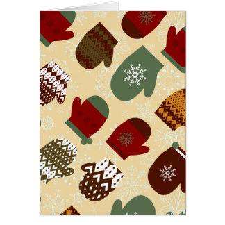 Cartão Mitenes acolhedores do feriado do Natal do inverno