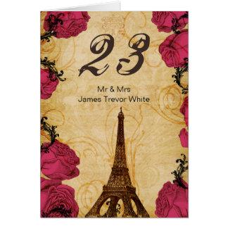 Cartão Números cor-de-rosa da mesa de Paris da torre