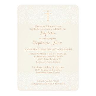 Cartão O baptismo cora laço floral delicado cor-de-rosa