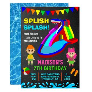 Cartão O partido de aniversário de criança da corrediça
