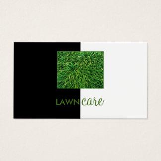 Cartão parcialmente branco do preto da grama do