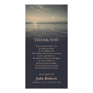 Cartão Pássaros pelo obrigado da cerimonia comemorativa