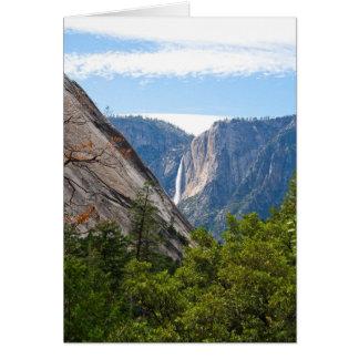 Cartão Ponto de Yosemite Falls e de geleira (mensagem