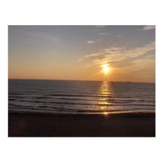 Cartão Postal A praia no por do sol