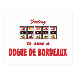 Cartão Postal Afortunado ao próprio um design do cão de Dogue de
