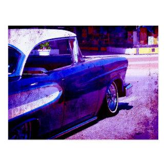 Cartão Postal Arte roxa de Digitas do Grunge do carro vintage