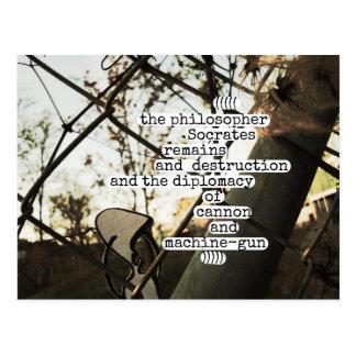 Cartão Postal as sobras e destruição de Socrates do filósofo