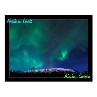 Cartão Postal Aurora boreal sobre Mt Noulja na suecia de Abisko