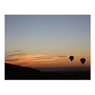 Cartão Postal Ballooning do alvorecer
