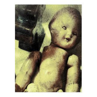 Cartão Postal Boneca assustador