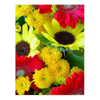Cartão Postal Buquê floral do outono colorido