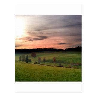 Cartão Postal Campo alemão do por do sol dos sonhos