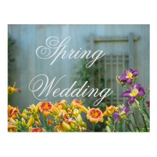 Cartão Postal Casamento amarelo rústico do primavera