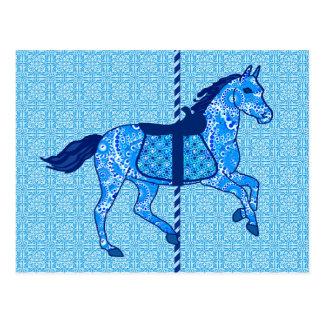Cartão Postal Cavalo do carrossel - cobalto e azul-céu