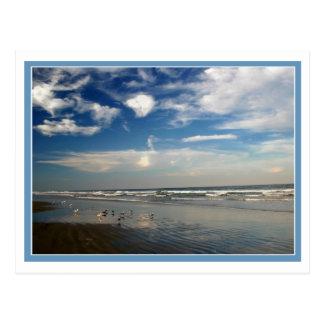 Cartão Postal Céu e surf