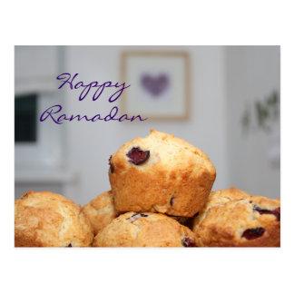 Cartão Postal Cupcakes doces do muffin do kareem feliz islâmico