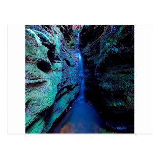 Cartão Postal Desfiladeiro profundo do rio da garganta da