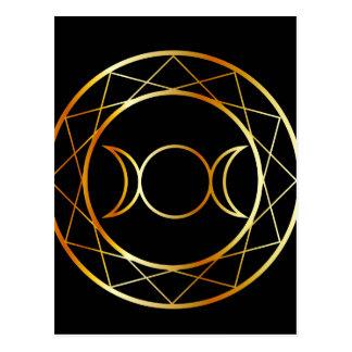 Cartão Postal Deusa triplicar-se do símbolo de Wiccan do ouro