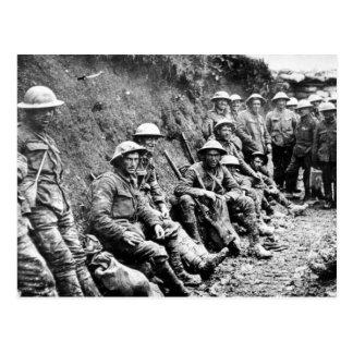 Cartão Postal Espera nas trincheiras WWI
