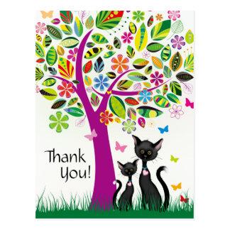 Cartão Postal Gatos pretos bonitos e obrigado colorido da árvore