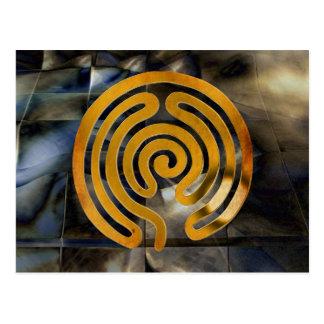 Cartão Postal labyrinth antique | grunge de ouro mosaic