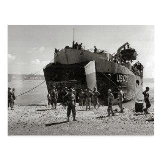 Cartão Postal LST    na praia, Anzio da segunda guerra mundial