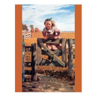 Cartão Postal Menina na porta da cerca